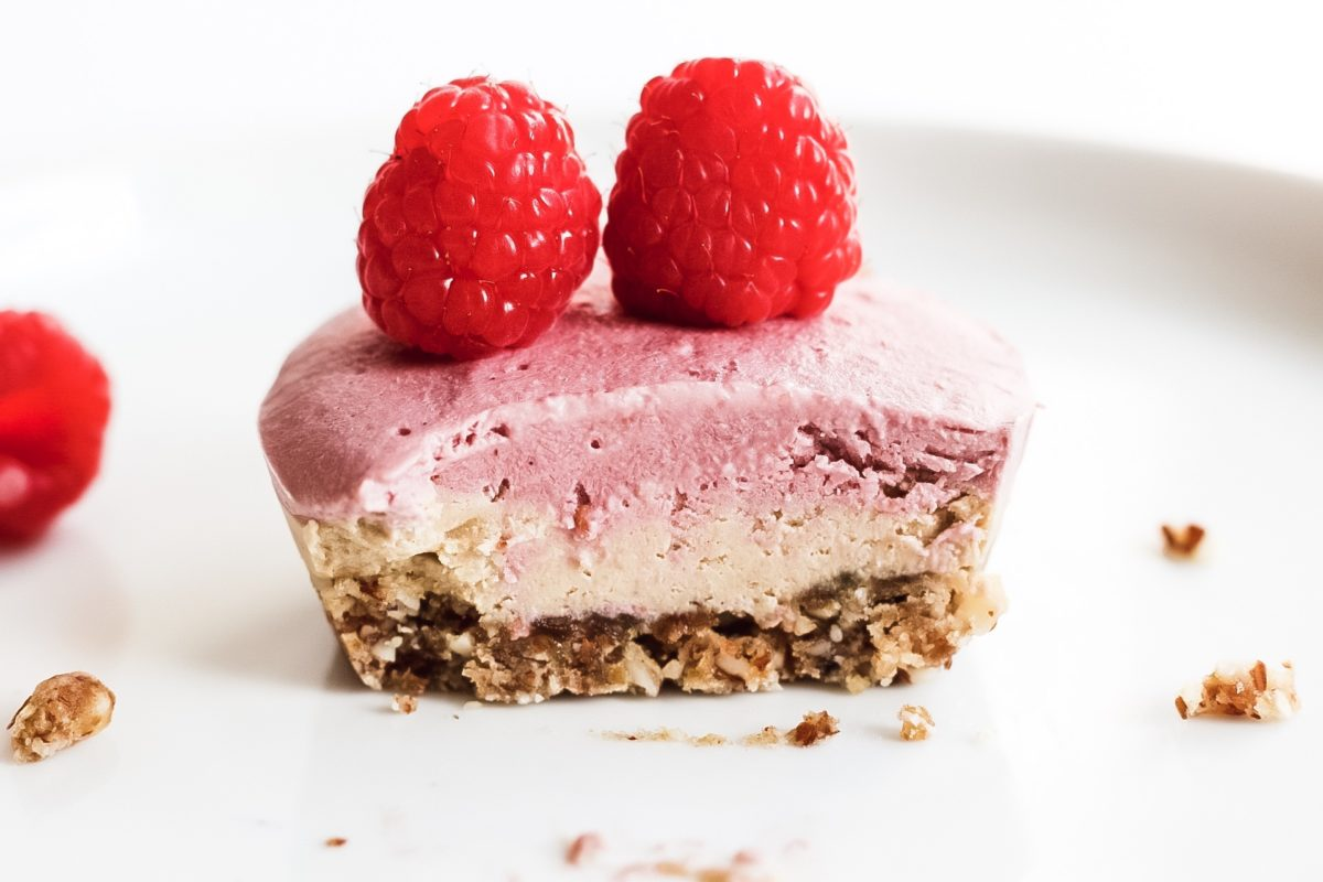 Easy No Bake Cheesecake Recipe (Vegan + Gluten-Free)